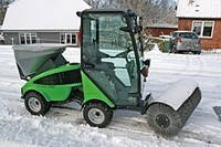 Снегоуборщик со щеткой Nilfisk-Egholm City Ranger 2250 Snow Sweeper