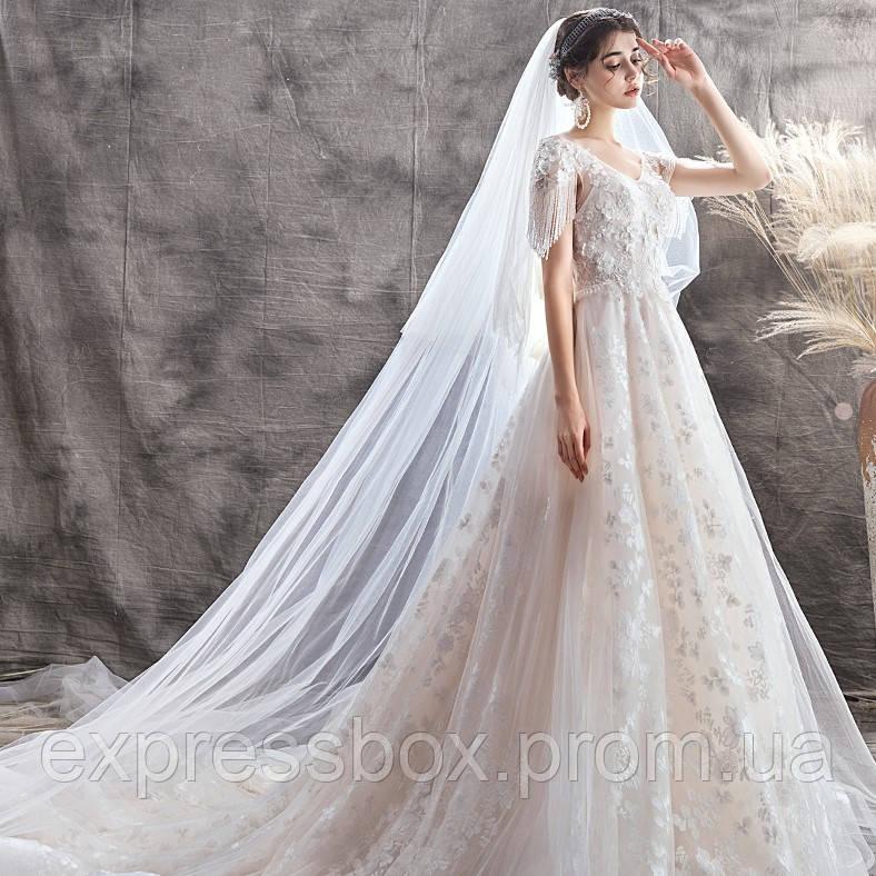 Свадебные платья со шлейфом. Весільні сукні пишні. Весільні плаття рибка