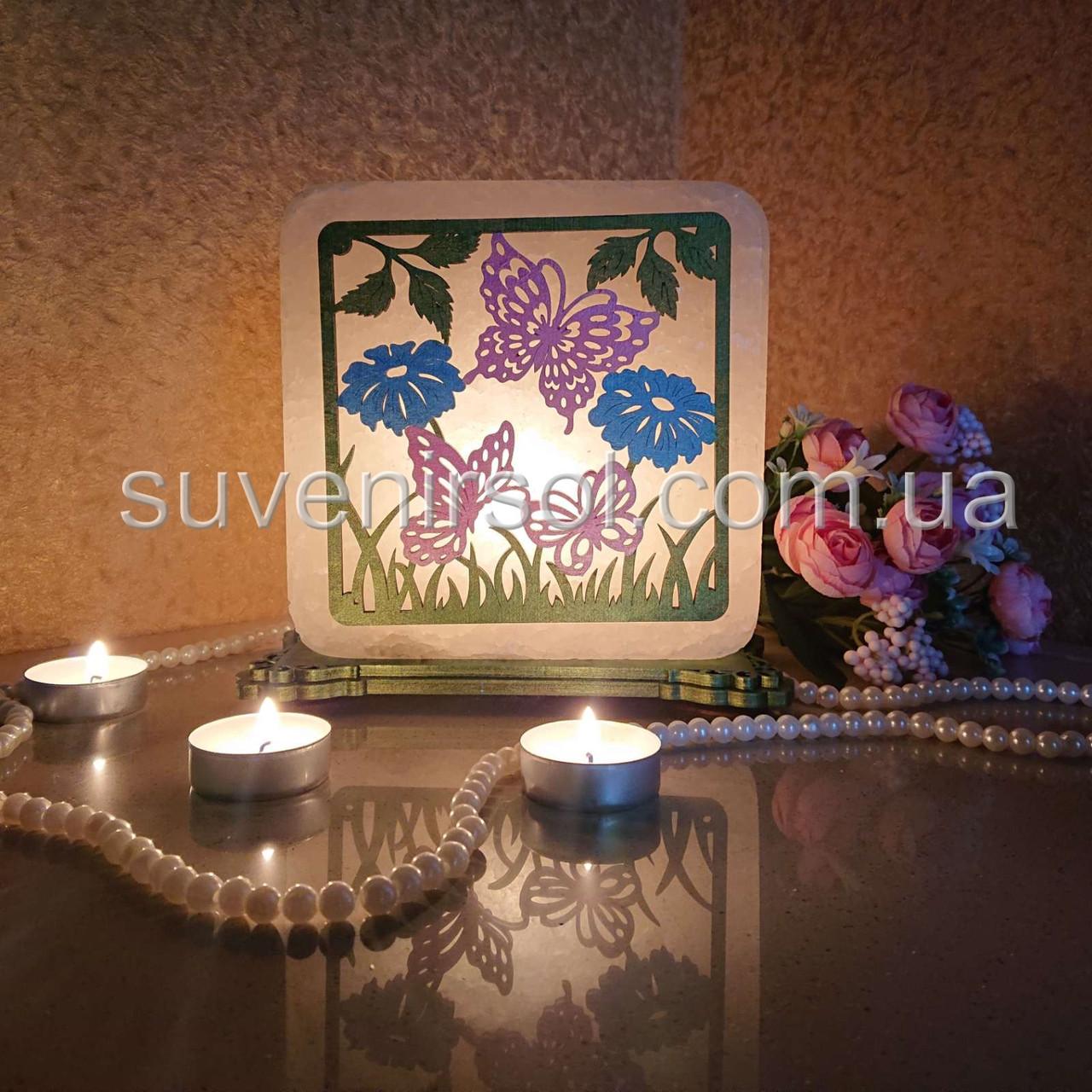 Соляной светильник квадратный Бабочки в траве цветной