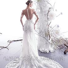 Свадебные платья облегающие рыбка. Весільні сукні по фігурі. Весільні плаття рибка із шлейфом