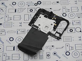 Б.У. Корпус Xiaomi Mi 8 средний (антенна)