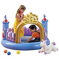 Игровой центр Замок с шариками и надувным единорогом INTEX 48669