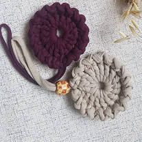 Брелок подвеска «Цветок» из трикотажной пряжи Bobilon