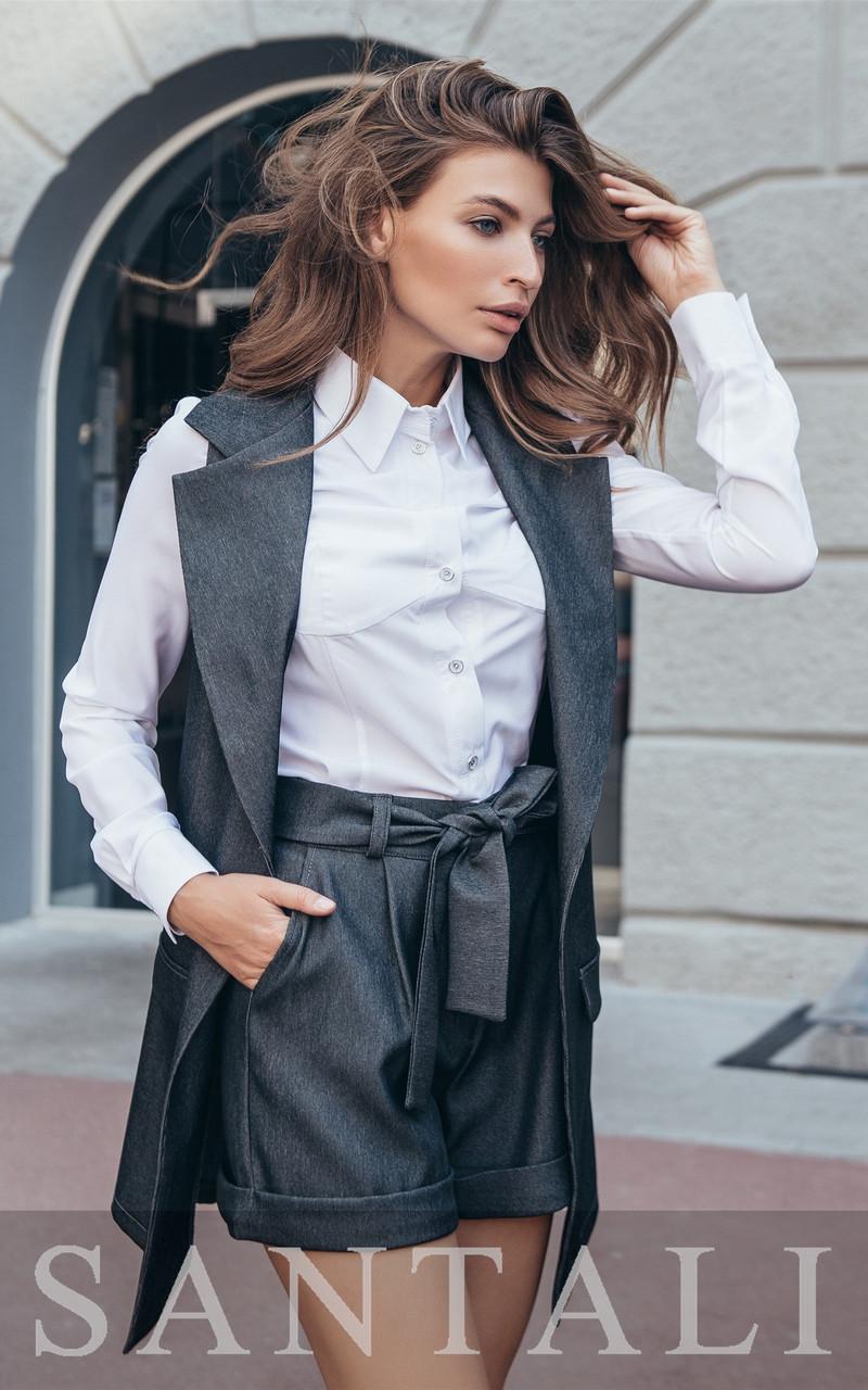 Женский костюм в деловом стиле с жилетом и шортами 4510213