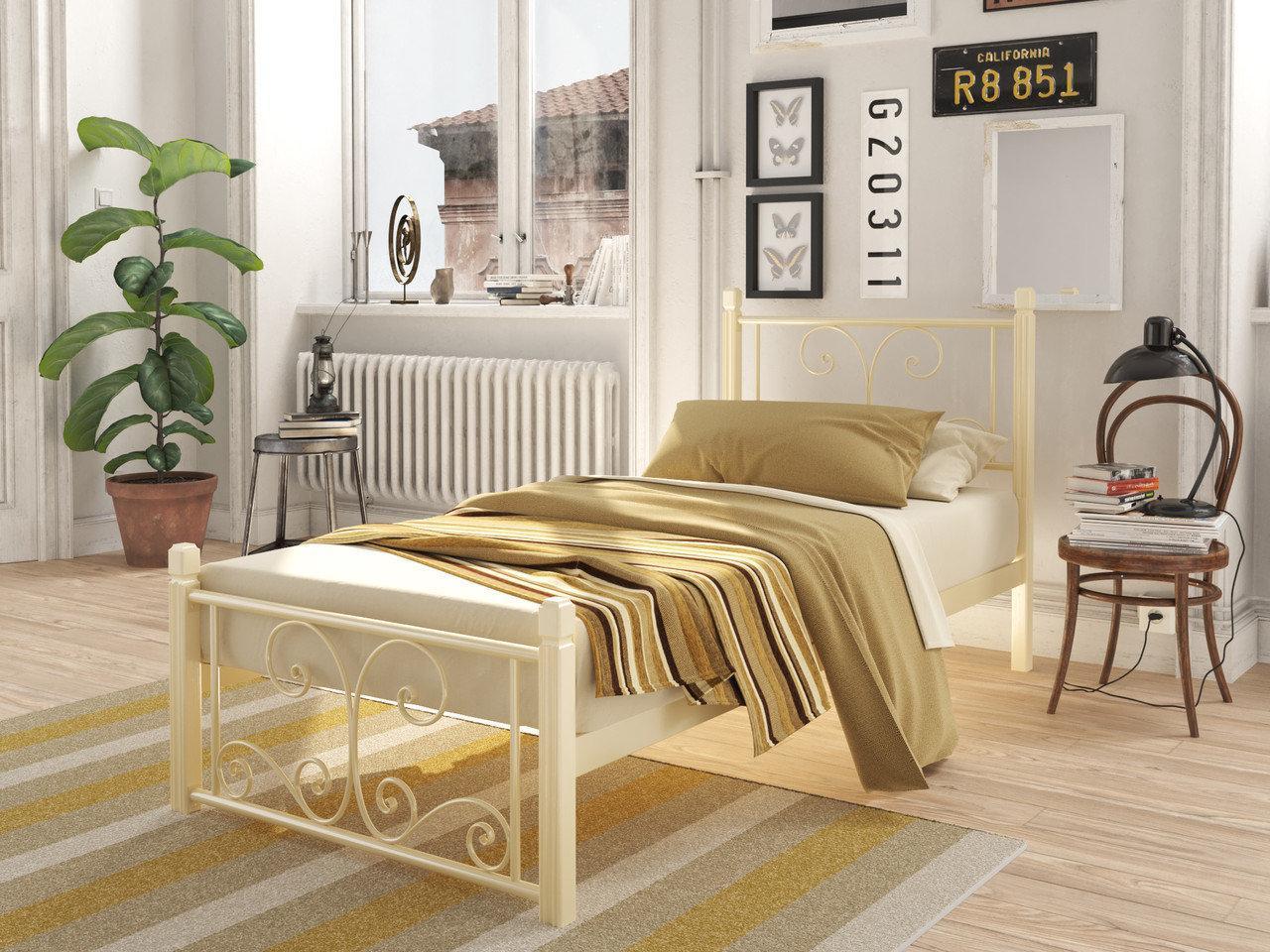 Металлическая кровать Нарцис (мини) на деревянных ножках