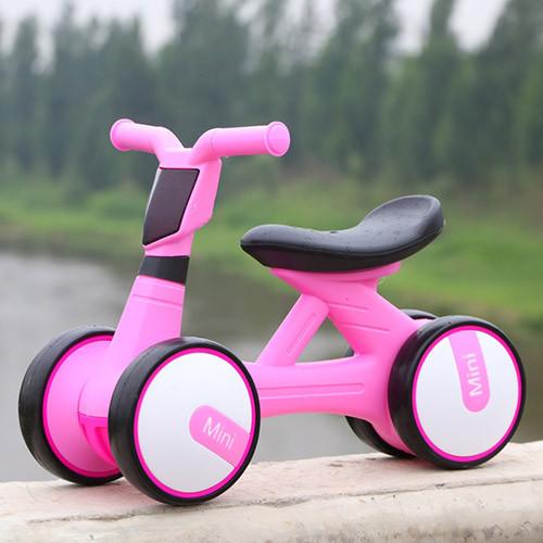 Толокар-беговел для малышей BAMBI M 4086-8 розовый с музыкой и светом