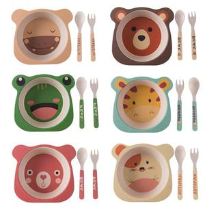 Детская посуда и принадлежности