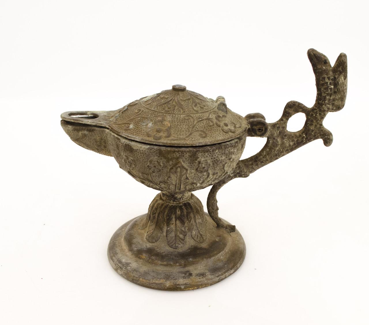 Старая масляная лампа, лампа алладина, бронзовая, бронза, Европа