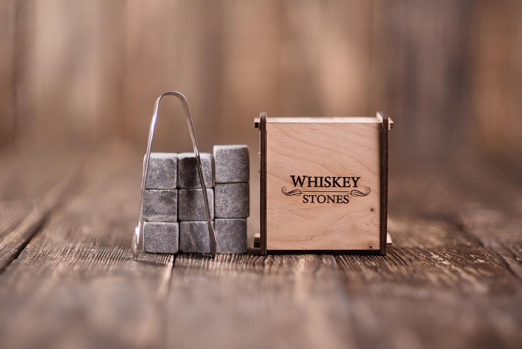 Камни для виски, 9 штук в деревянной шкатулке, стеатит