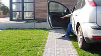 Укладка газонной решетки (парковка на траве, зеленая парковка, экопарковка)