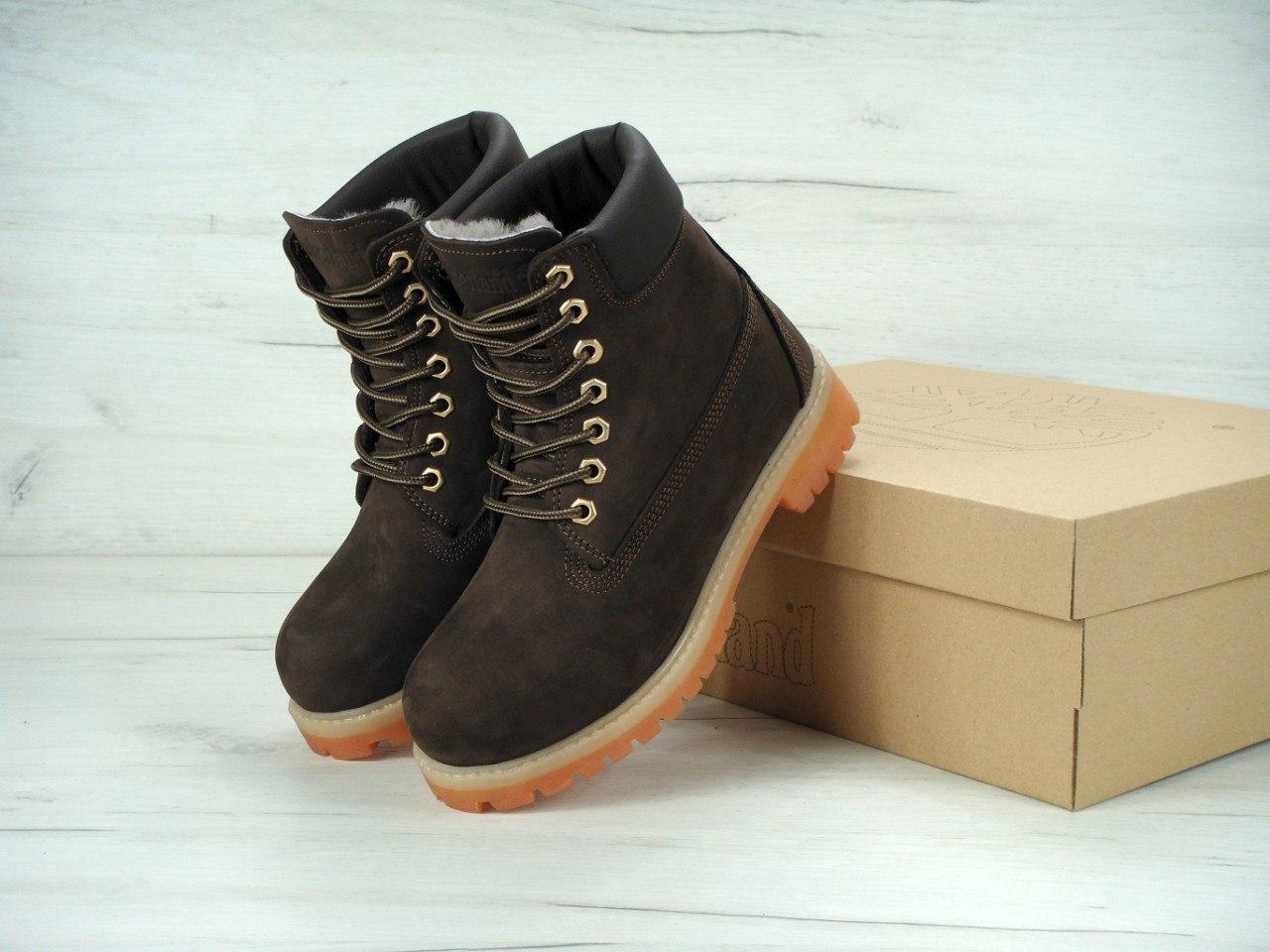 Женские зимние ботинки Тимберленд коричневого цвета