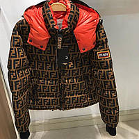 Яркая стильная куртка Fendi