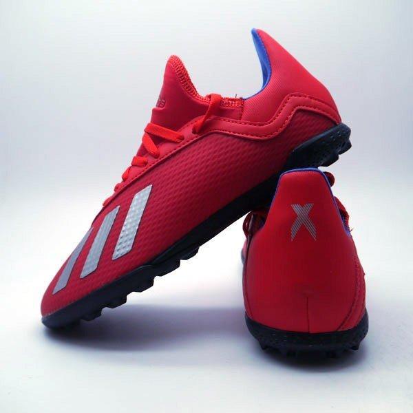 detskie-futbolnye-sorokonozhki-adidas-93a82qq01