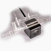 Камера заднего вида IL Trade 9524 для Skoda Octavia A5, Roomster, Ford Fiesta, Fusion