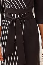Осеннее платье миди на фиксируемый запах со сьемным однотонным поясом цвет черно-белый, фото 3