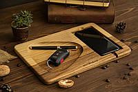 Персонализированный подарок на юбилей парню девушке, Офисный аксессуар док станция из дерева для телефона