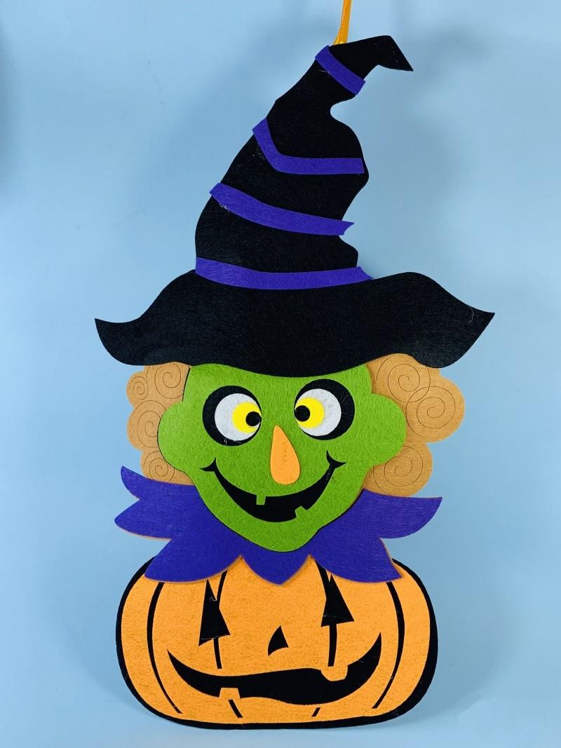 Подвеска на Хэллоуин Ведьма с тыквой 50 см