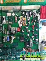 Стелажі торгові металеві для демонстрації продукції на виставках.