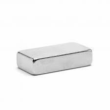 Неодимовый магнит 20 * 10 * 5 мм