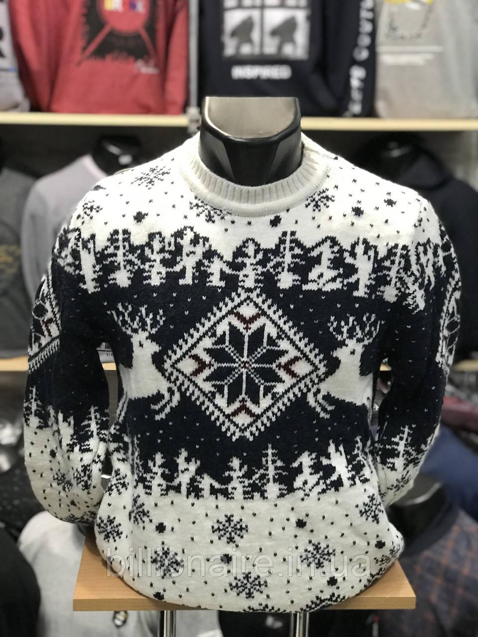 Новорічний светр з оленем 1
