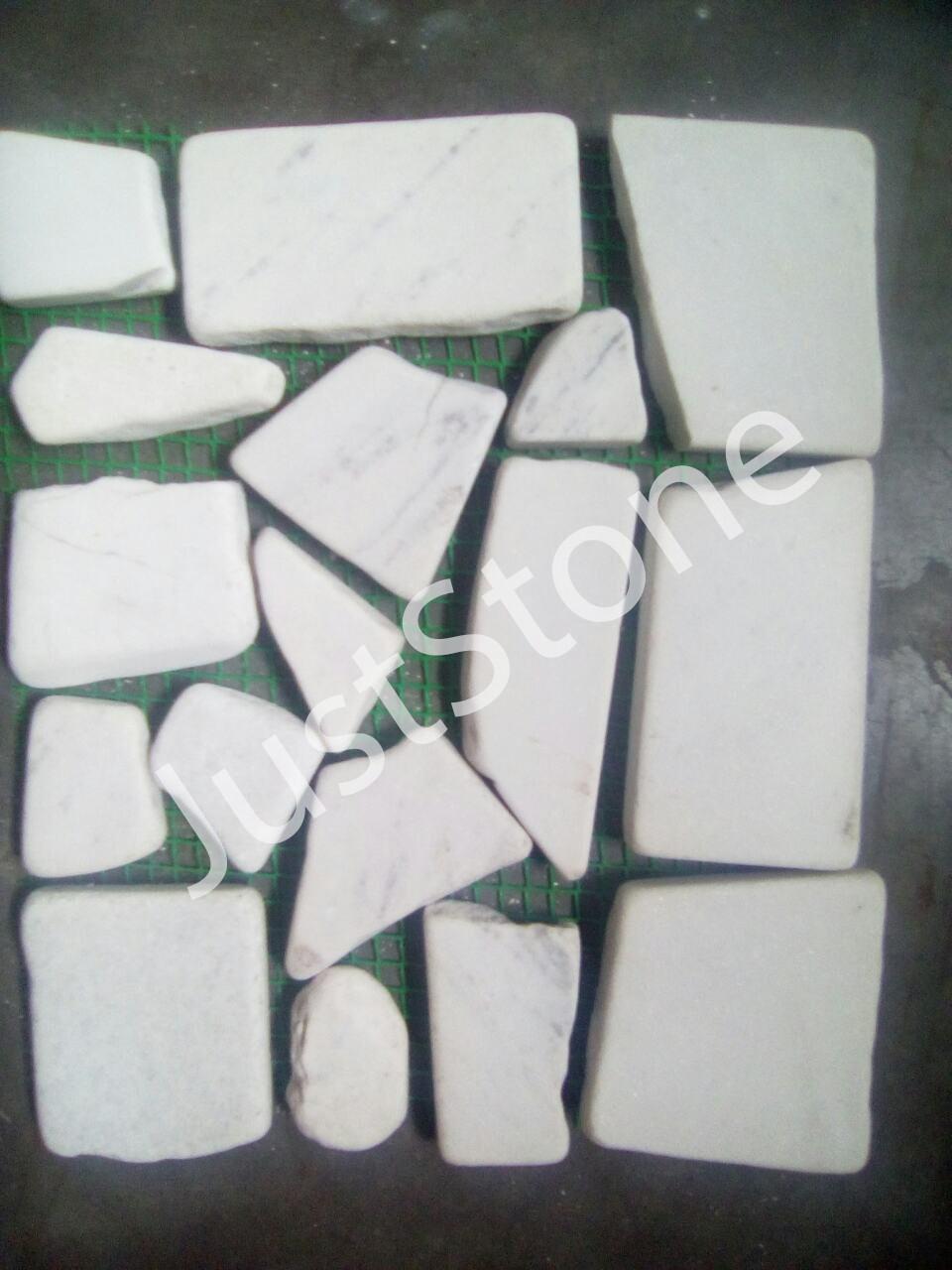 Брекчия мраморная на сетке, белая