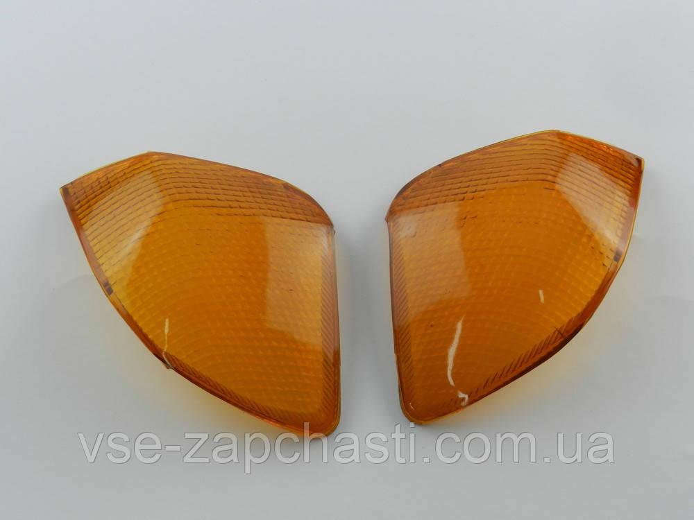 Стекло задних поворотов Suzuki Sepia ZZ
