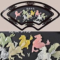Картина веер кони под натур. камень в ажурной раме (41709.005)