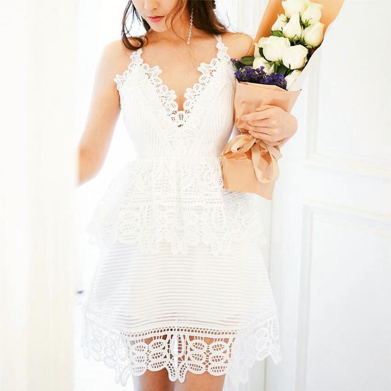 Фирменное платье бренда Missguided, размер XL