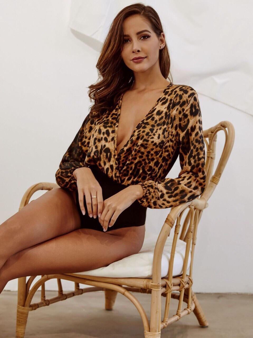 Шифоновое женское боди в леопардовый принт с длинным рукавом vN3448