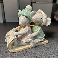 Статуэтка Мышки на санях 192-008. Символ 2020 года