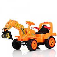 Детский электромобиль-толокар трактор с ковшом, кожаным сиденьем Bambi M 4142L-7 машинка, оранжевый