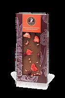 молочный шоколад с клубникой и ежевикой