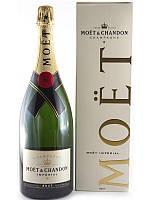 МУЛЯЖ Большая бутылка Шампанское Moet Chandon в фирменной упаковке, бутафория 1.5л