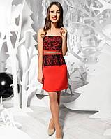 Красное платье мини с гипюром и золотым поясом S