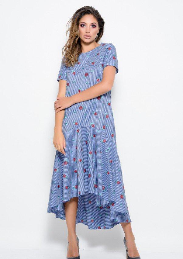 Синее летнее платье прямого свободного кроя в белую тонкую полоску с асимметричной юбкой-воланом по низу S
