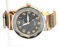 Часы на браслете 35023