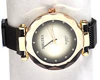 Часы на браслете 35026