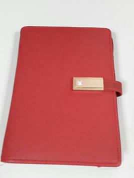 Маленький Блокнот А6 ежедневник со встроенным POWER BANK и USB с проводной зарядкой красный