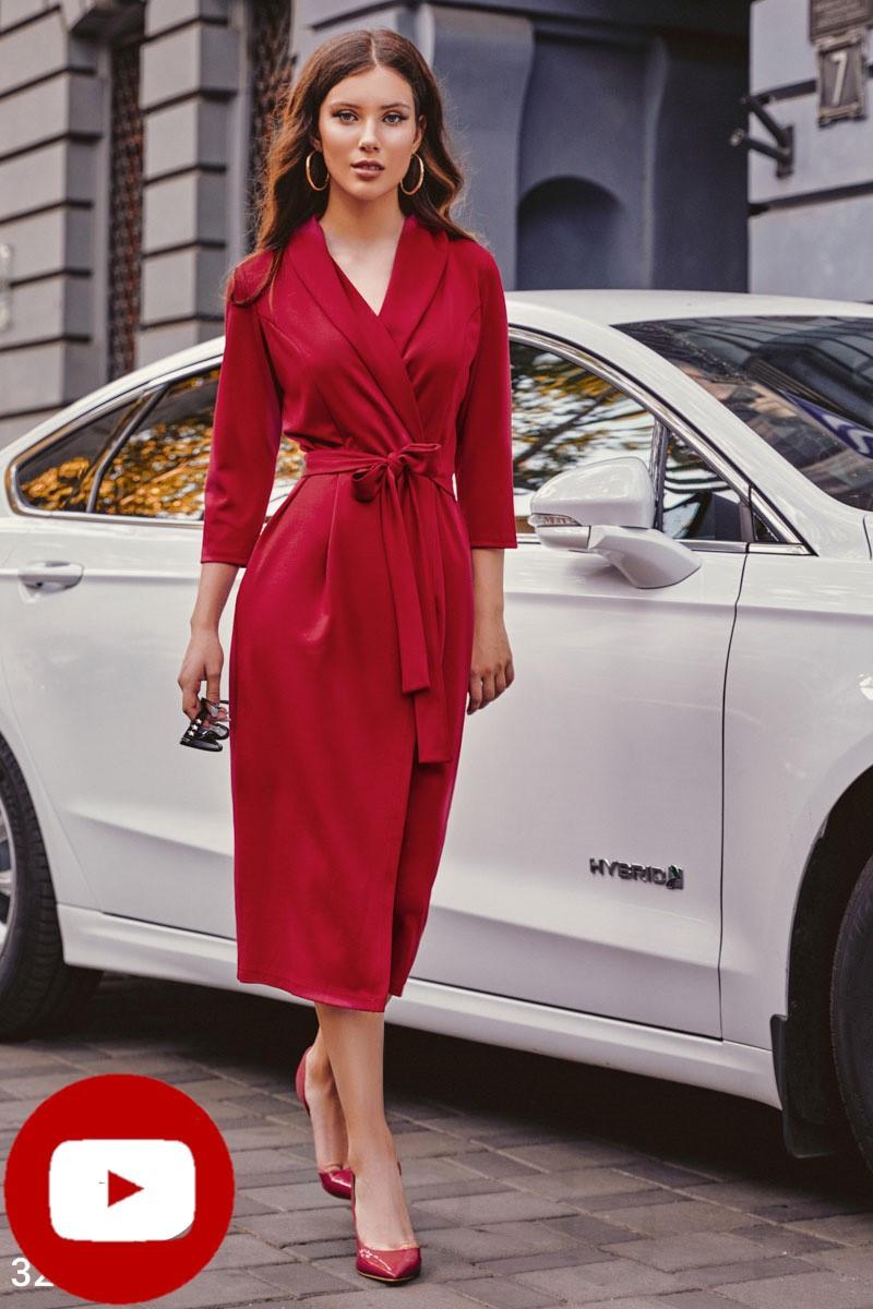 Осеннее платье до колен с v-образным вырезом пояс цвет красный