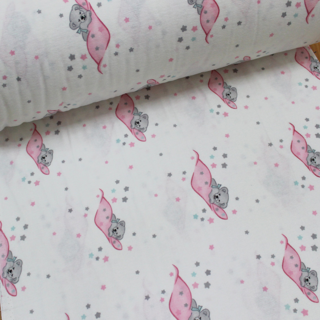Фланелевая ткань (ТУРЦИЯ шир. 2,4) мишки на розовом одеяле