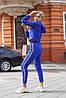 Женский спортивный молодежный костюм: укороченный батник топ с капюшоном с лампасом и штаны, фото 9