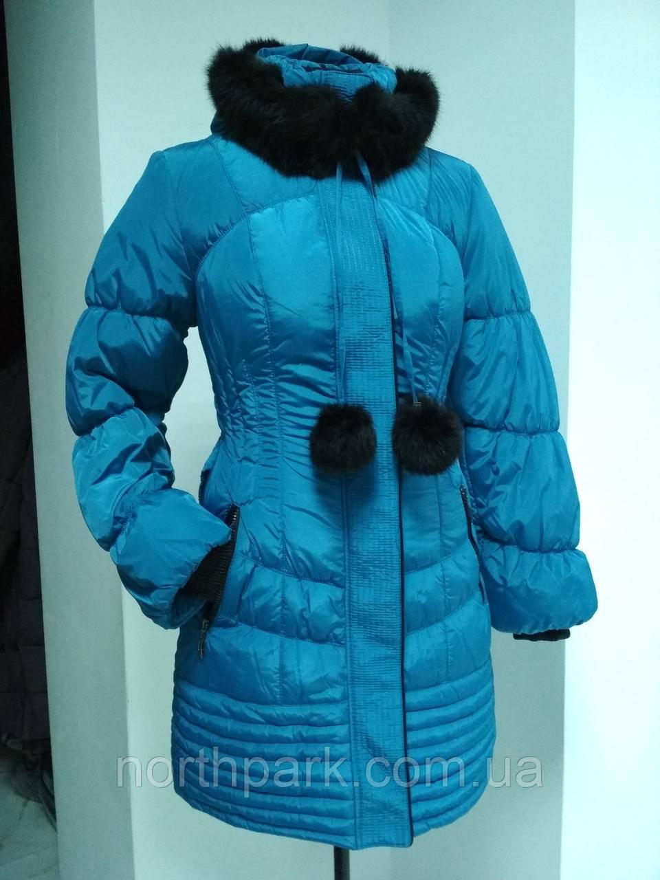 Зимняя длинная куртка с чёрным мехом кролика