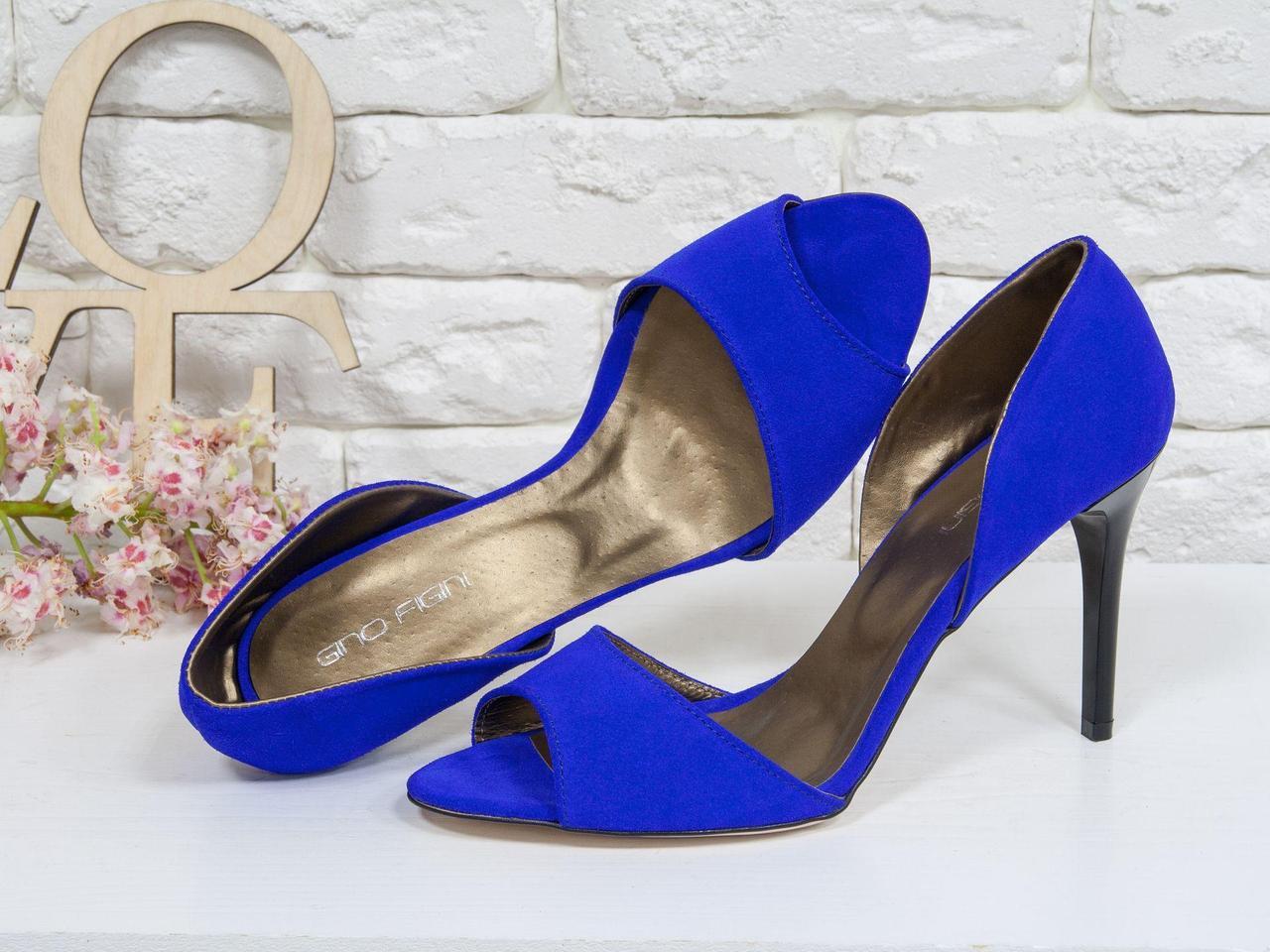 Летние туфли на шпильке с открытым носиком из тончайшей натуральной замши ярко-синего цвета, С-704