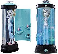 Кукла Монстер Хай Лагуна Блю и Станция Гидратации Dead Tired Lagoona Blue and Hydration Station