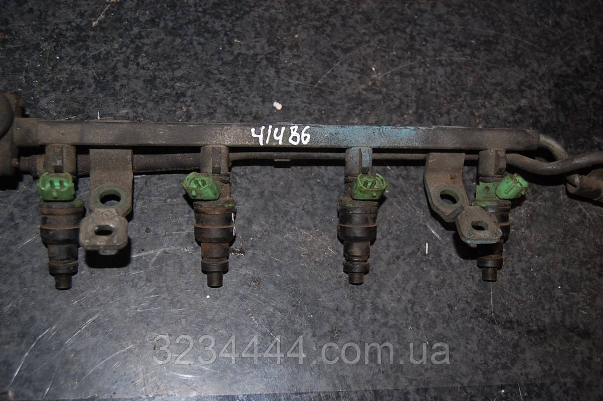 Форсунка двигуна MAZDA 323 BA 94-97