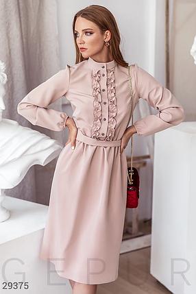 Платье-миди нежно-розового оттенка воротник-стойка  длинный объемный рукав цвет бежевый, фото 2