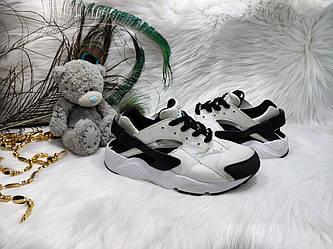 Кроссовки Nike Huarache (31,5 размер) бу