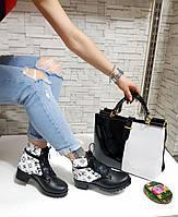 Женские ботинки на каблуке с стильной сумкой.Турция