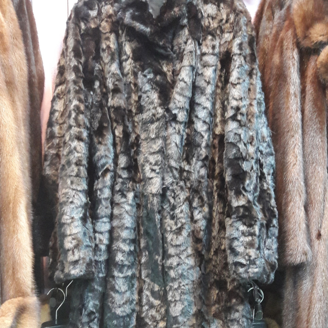 Красивая норковая шуба черная натуральная норка 46 48 размер на кулиске по талии лобики в кредит обмен сток
