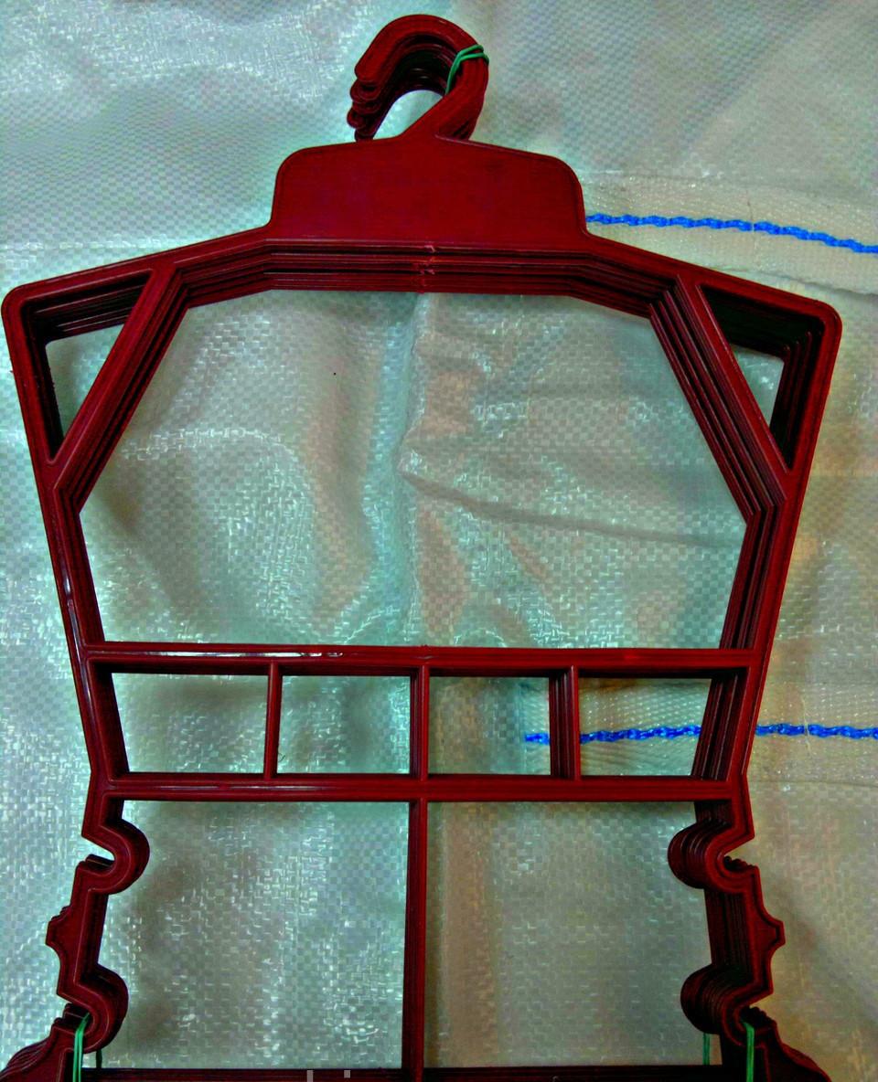 Детская вешалка рамка  - Торговое оборудование  Студия Платон (SP) . Доставка по всей Украине. в Одессе